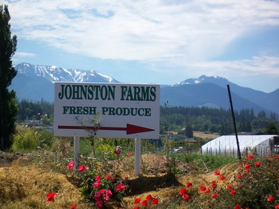 Johnston_view_sign